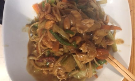 Another Quick and Easy Meal: Chicken and Vegetable Peanut Stirfry